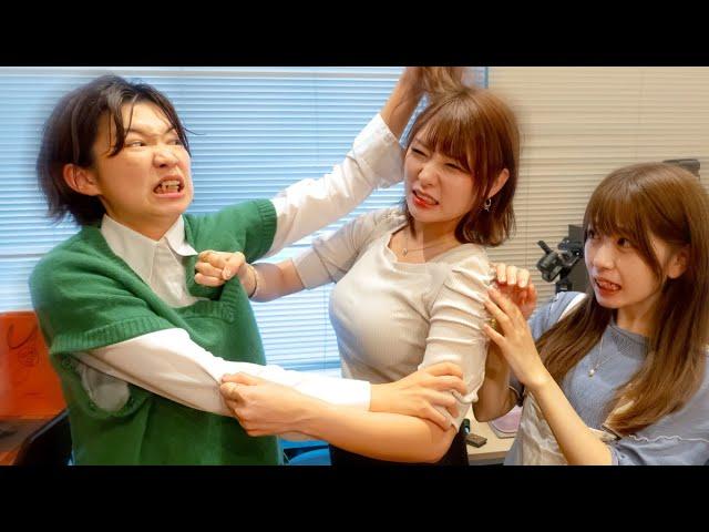 【閲覧注意】本気の殴り合い!?女子同士のガチ喧嘩がやばすぎた・・・・・・・・・・・・・・・・【どっきり 】