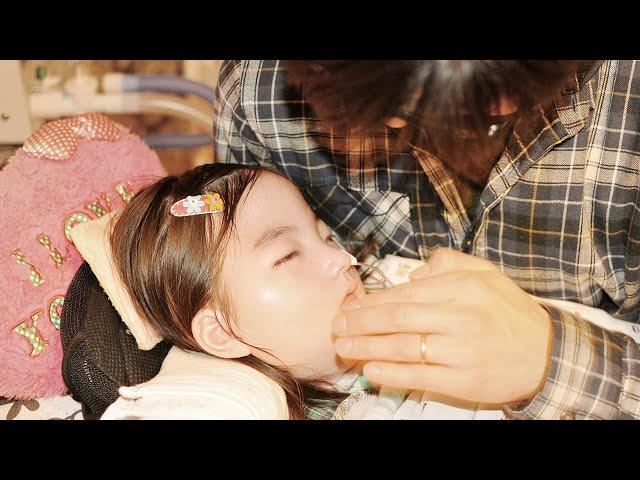生後すぐに「脳死に近い状態」と宣告された娘と家族の物語/映画『帆花』特報